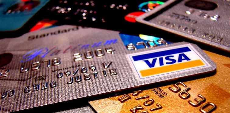 Kredi Kartı Aidatları Nasıl Geri Alınır ?