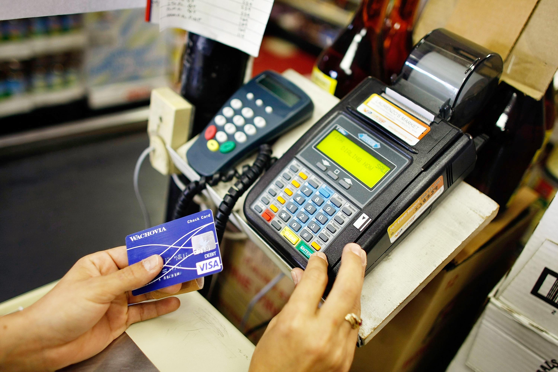 En Uygun Ticarî Kredi Kartı Veren Bankalar Hangileridir ?