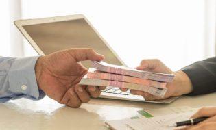 İhtiyaç Kredisi İle Nakit Avans Arasındaki Fark Nedir?